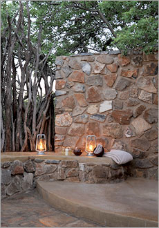 Madikwe Lodge open air shower